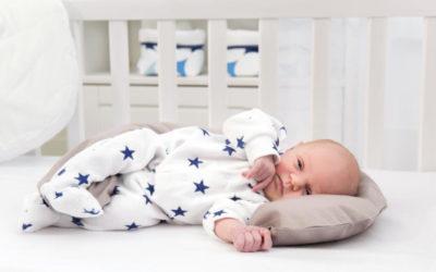 Baby Overalls und Schlafanzüge